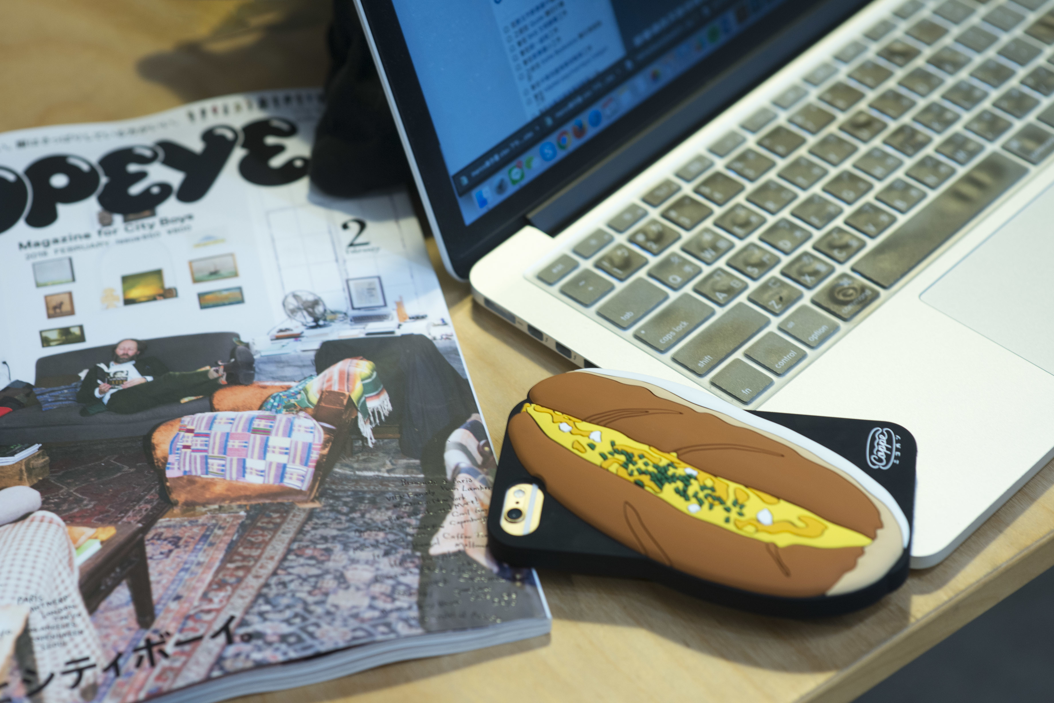 nozzle quiz 專訪 誠品生活松菸店,一個單身男子的房間快閃店主理人marco,設計人的辦公桌。