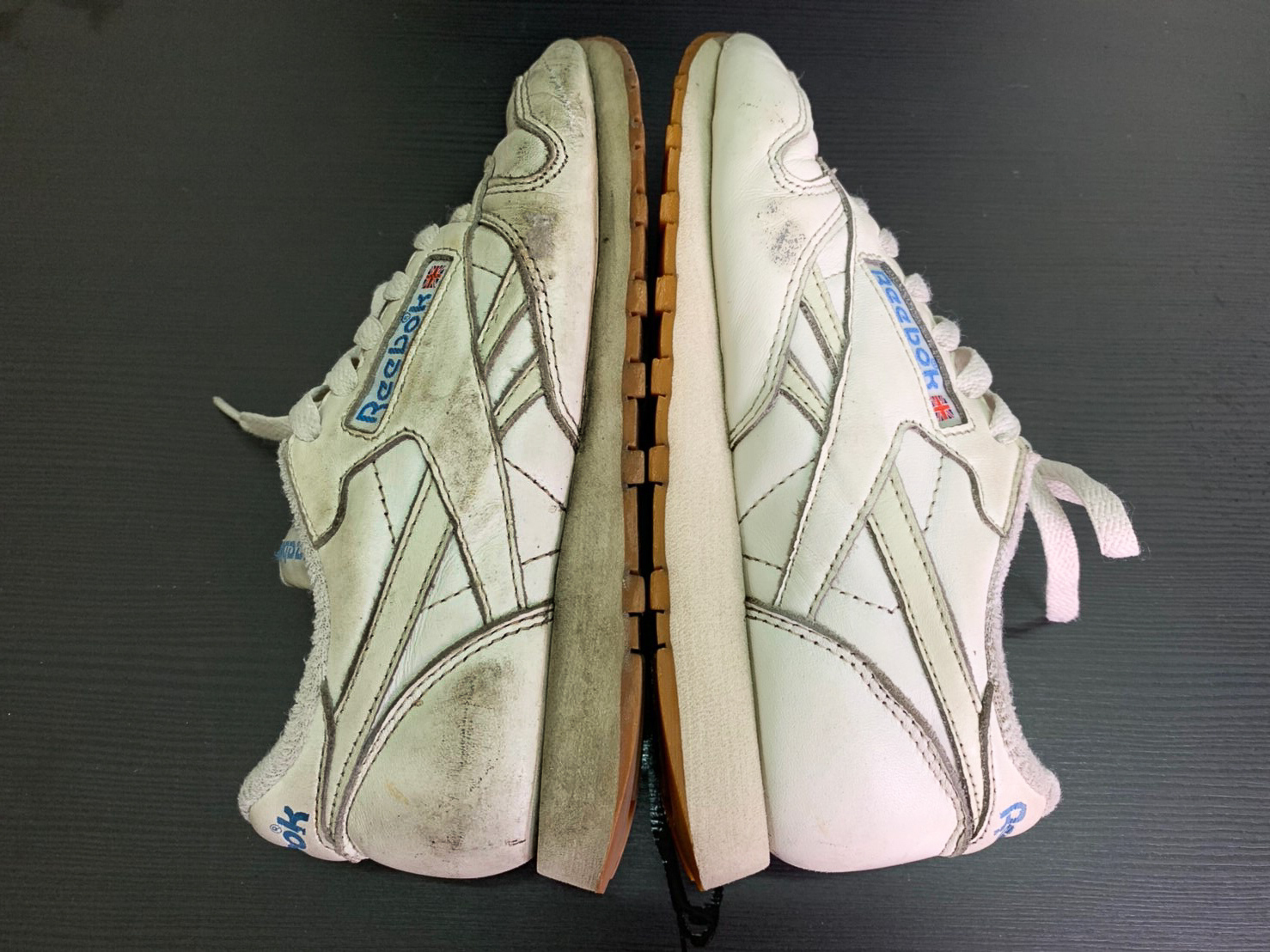 清潔後的皮革鞋對比