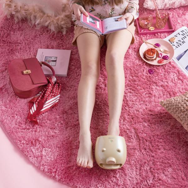 小豬足部按摩器,氣壓推按腳板,讓血液循環更好,放鬆長時間久站的雙腳。