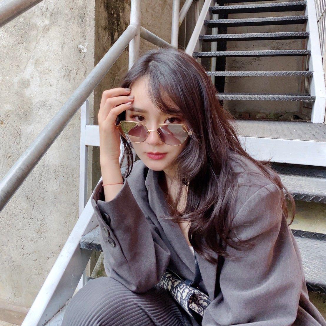 irene yuyu, spektre molly