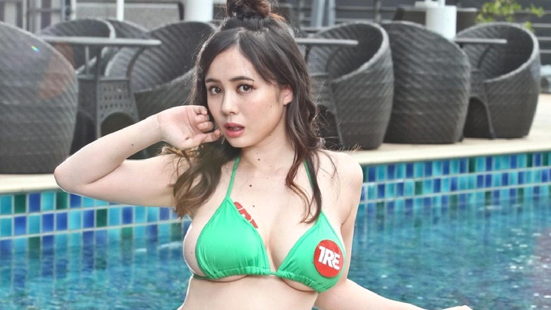 吉川愛美 泳衣