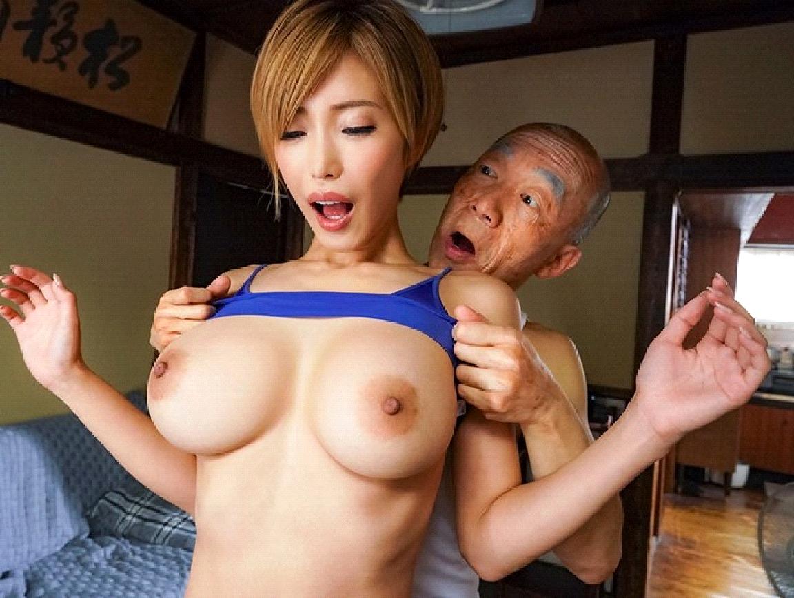 君島美緒透露自己曾經私底下有跟60歲的男性交往過的經驗!