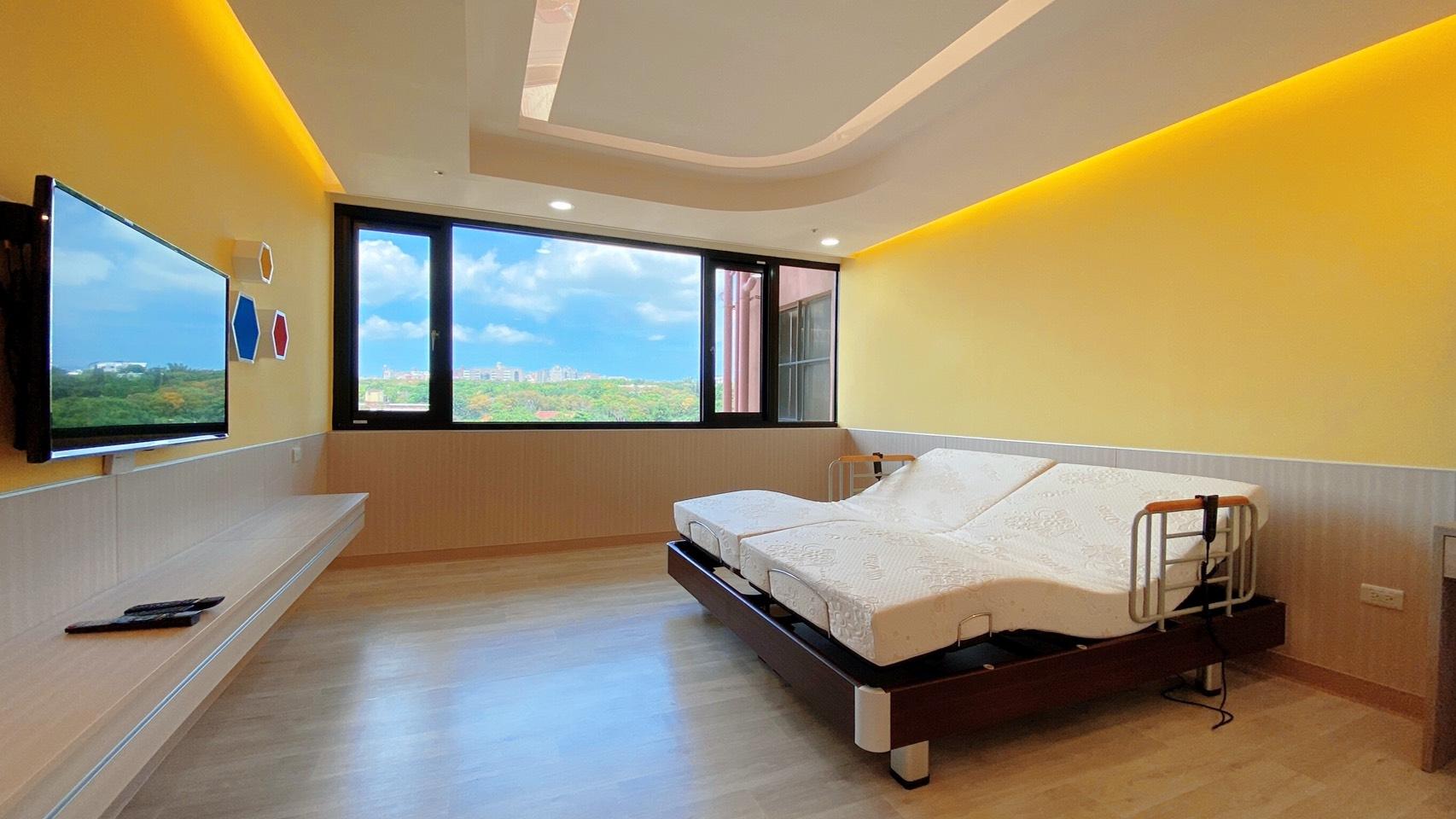 台中榮總坐月子中心,迪奧斯電動床+乳膠床墊