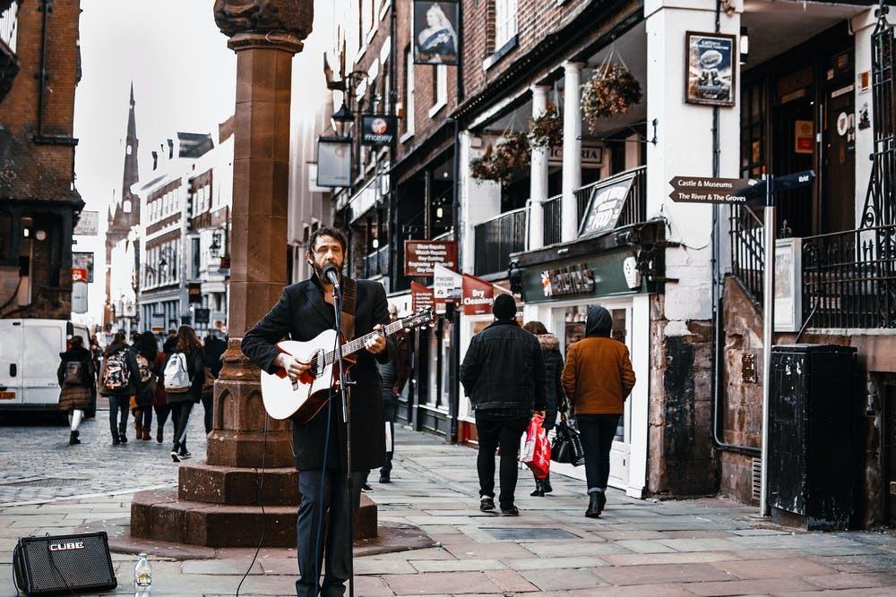 55%的英國專業音樂家沒有從音樂中賺錢